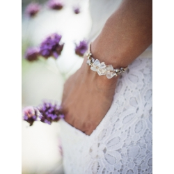 Bracelet Aurore en grappe de verre dépoli et perle en cristal swarovski